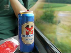 列車内でのビール