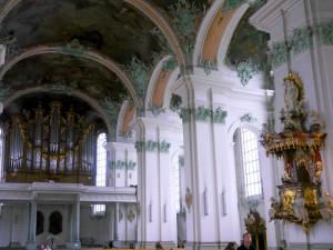 ザンクト・ガレン大聖堂パイプオルガン側