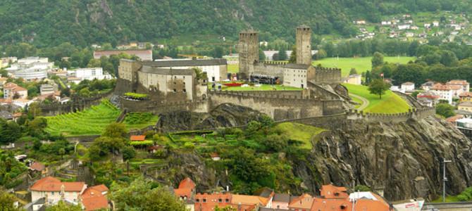 世界遺産古城カステルグランデ(Castelgrande)
