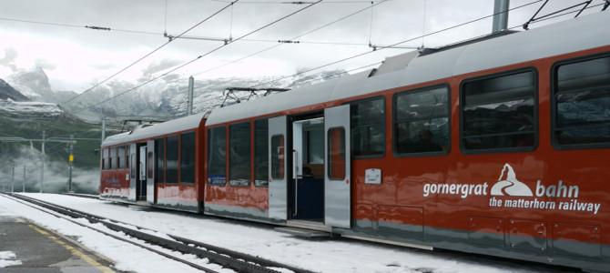 登山鉄道(GornergratBahn)で展望台へ