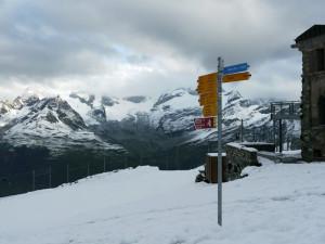 ゴルナーグラードのハイキング標識